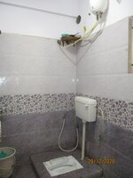 14DCU00423: Bathroom 2