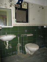 12A8U00109: Bathroom 2