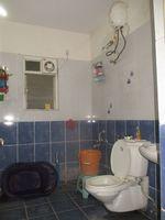 11NBU00653: Bathroom 2