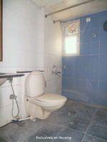 12S9U00006: Bathroom 3