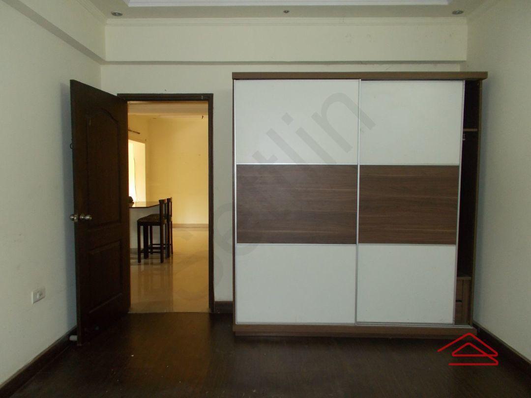 12DCU00221: Bedroom 1