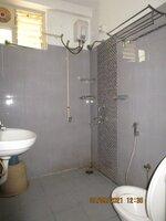 15S9U01255: Bathroom 2