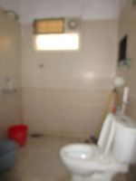 13J6U00396: Bathroom 1