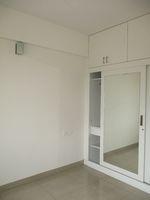 12M5U00075: Bedroom 2