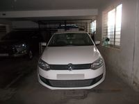 11NBU00457: parking