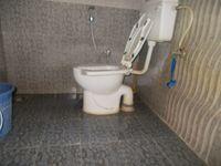 12A8U00116: Bathroom 2
