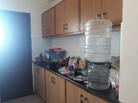12OAU00210: Kitchen 1