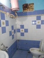 13J6U00351: Bathroom 2