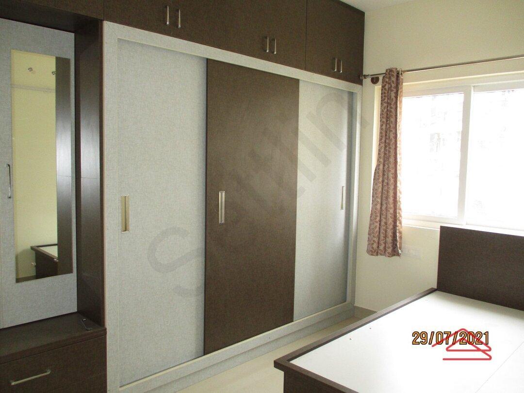 15J7U00538: Bedroom 1