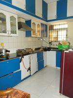 13J7U00038: Kitchen 1
