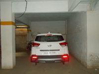 13J7U00038: parking 1