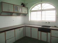 11NBU00024: Kitchen 1