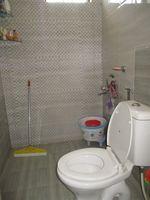 12NBU00101: Bathroom 1