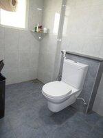 14DCU00296: Bathroom 1