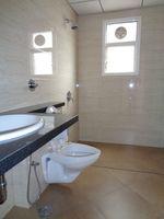 12J6U00510: Bathroom 3