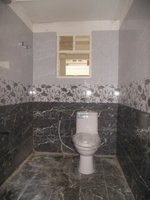 13OAU00252: Bathroom 2