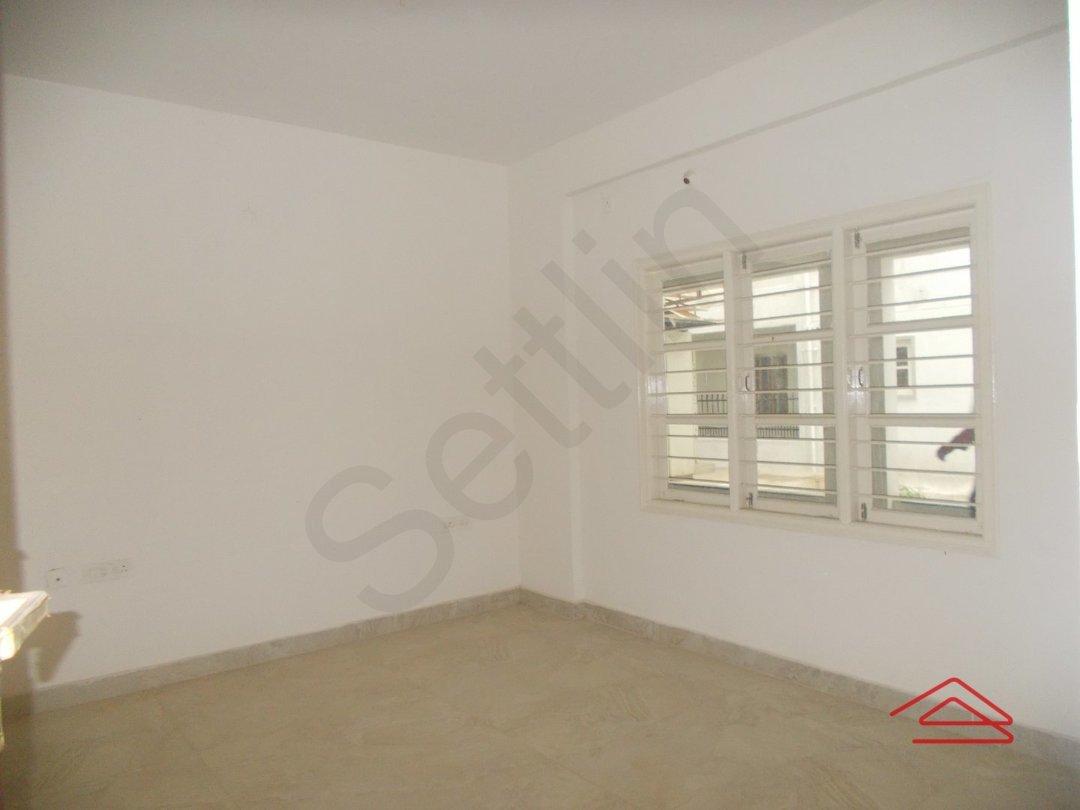 13OAU00252: Bedroom 1