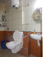 14A8U00133: Bathroom 1