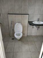 14F2U00119: Bathroom 1