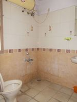 12M5U00235: Bathroom 1