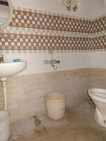 14S9U00279: Bathroom 1