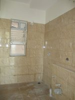 14J1U00079: Bathroom 2