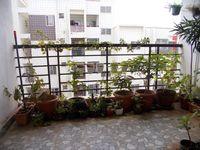 13J6U00474: Balcony 1
