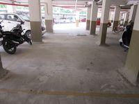 13J7U00328: parking 1