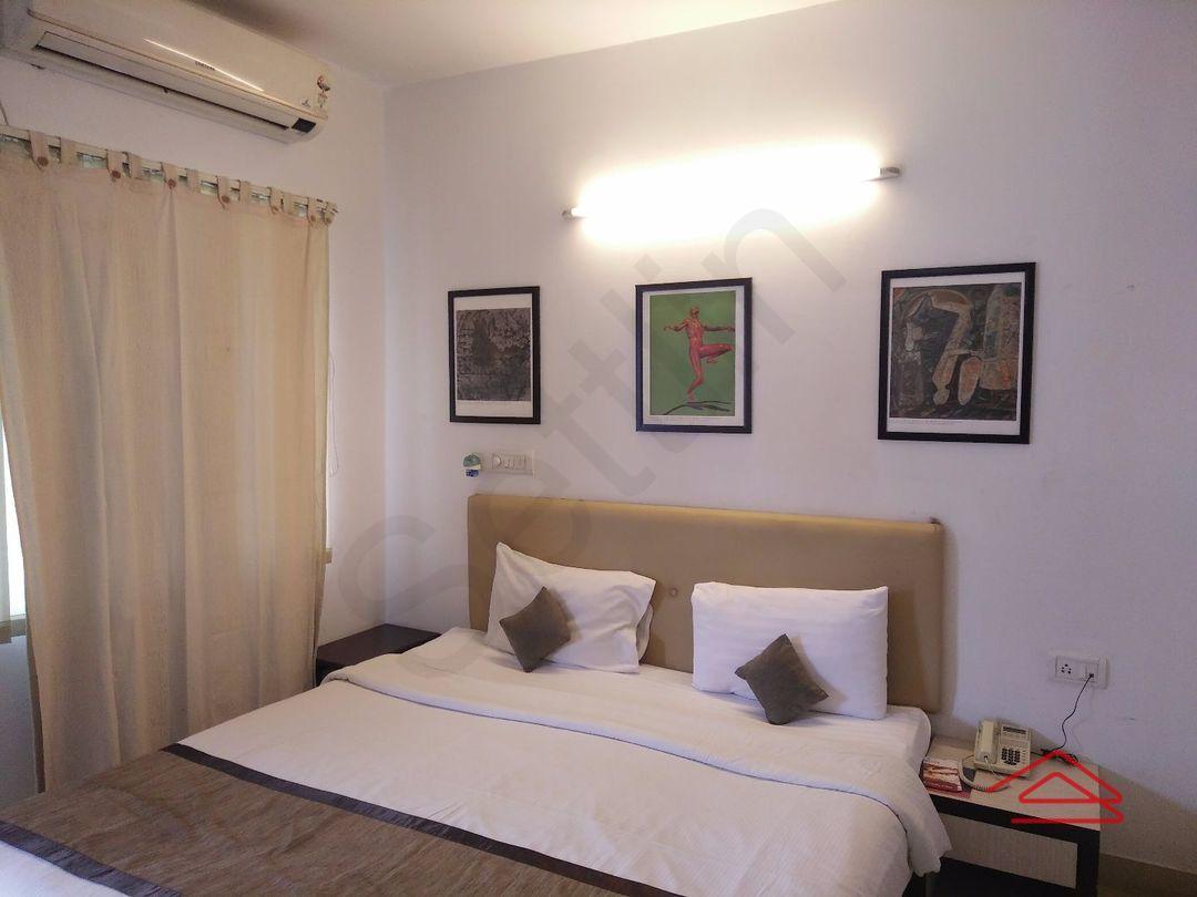 11OAU00171: Bedroom 1