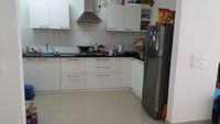 12J1U00158: Kitchen 1