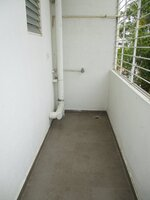 15S9U00923: Balcony 2