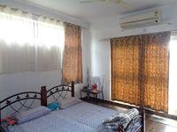 12DCU00200: Bedroom 1