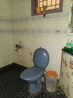 12A8U00241: Bathroom 2