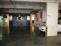 12NBU00035: parking 1