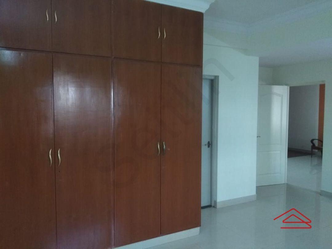 13J6U00077: Bedroom 1