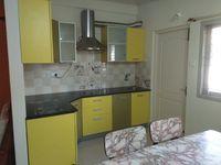 13J6U00077: Kitchen 1