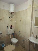 13J7U00114: Bathroom 1