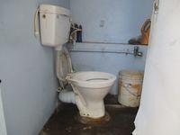 11DCU00371: Bathroom 3