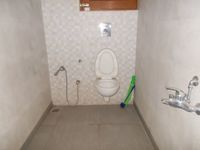 13M5U00279: Bathroom 3