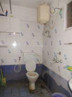 11F2U00102: Bathroom 1