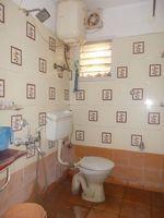 11F2U00102: Bathroom 2
