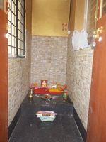 11F2U00102: Pooja Room