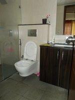 13A8U00259: Bathroom 2