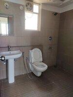 15A4U00372: Bathroom 1
