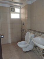15A4U00372: Bathroom 3