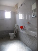 13OAU00248: Bathroom 1