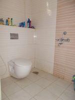 12NBU00243: Bathroom 2