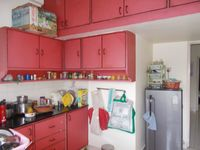 13J6U00526: Kitchen 1
