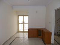 13M5U00630: Hall 1