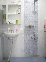15S9U01227: Bathroom 1